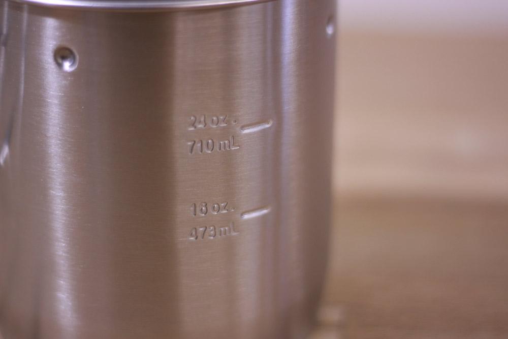 STANLEY(スタンレー) マウンテンコンパクトクックセット 0.7 01856-005 目盛りがついて容量も分かりやすい