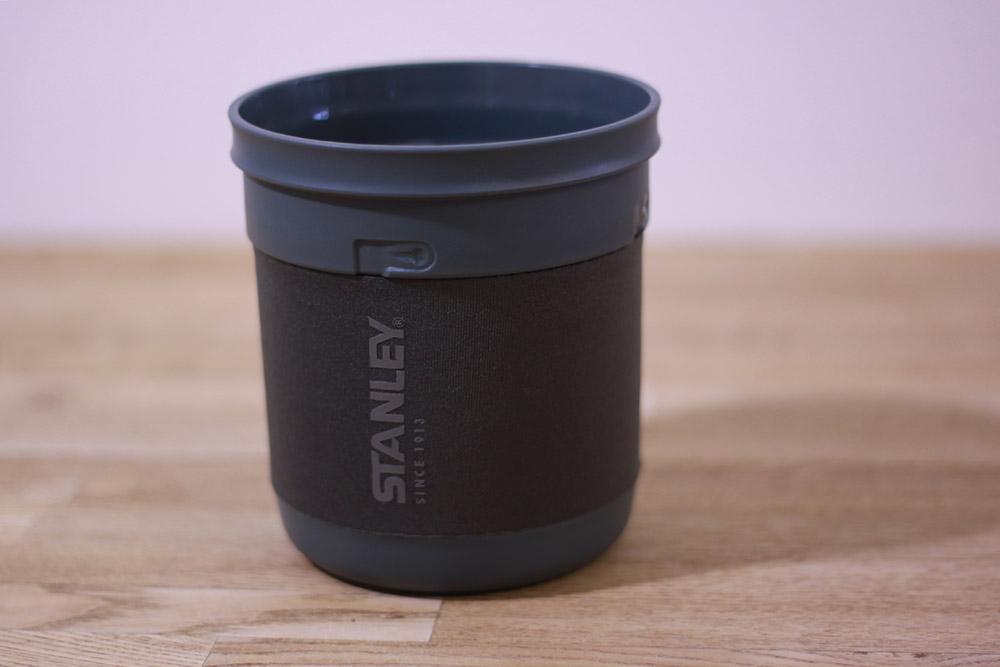 STANLEY(スタンレー) マウンテンコンパクトクックセット 0.7 01856-005 ネオプレン付属のカップ