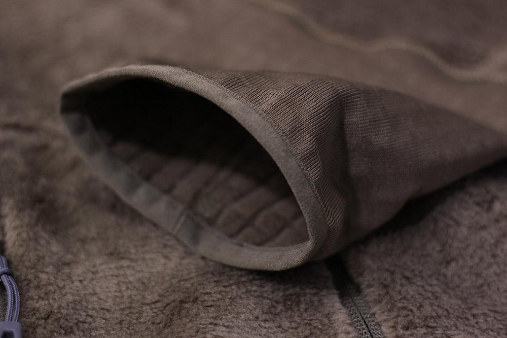パタゴニア R2ジャケット 袖口