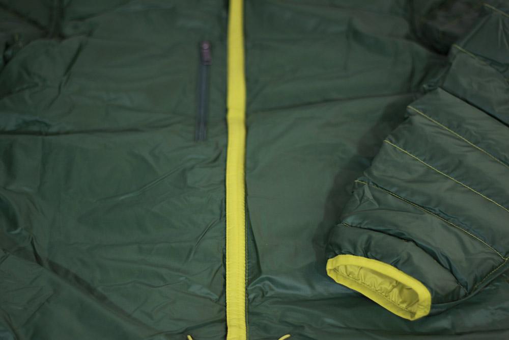patagonia(パタゴニア) M's Down Sweater Hoody 84701 フラップの採用でジッパーが直接肌に当たらない設計